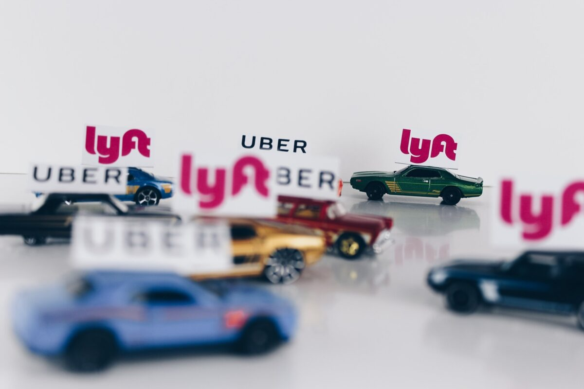 Design considerations for ridesharing and taxi mobile apps